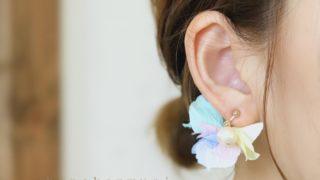 コットンパールと花びらピアスの『Candy』の装着画像3